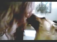 salope mure s ammuse avec sa chienne [ Free Animal Sex Movie ]